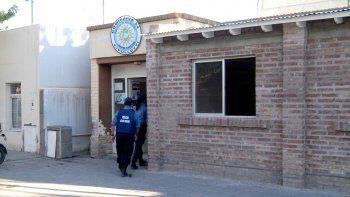 Lo atraparon manejando un auto robado en Neuquén