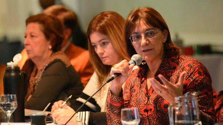 Unter va a denunciar penalmente a la ministra Mónica Silva