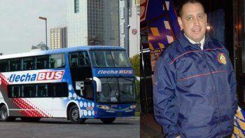 El auxiliar de servicio de FlechaBus fue identificado comoJavier Guiraldez oriundo de Mendoza.