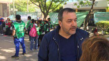 Tortoriello recibe a los trabajadores de ATE que protestan en las puertas del Municipio