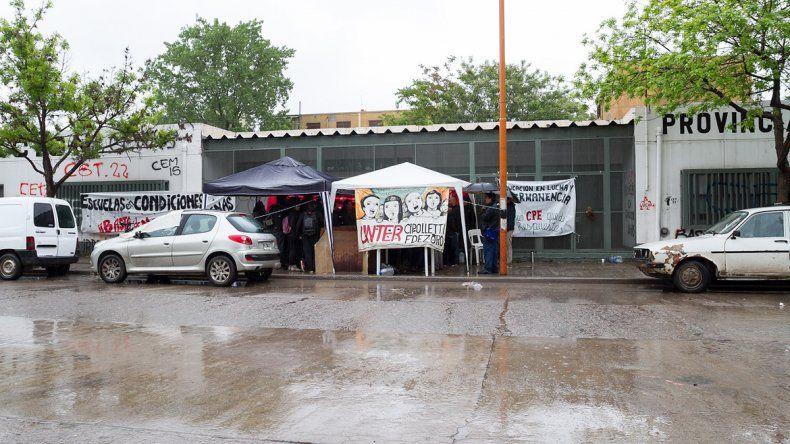 Los maestros cipoleños protestaron ayer frente al CPE