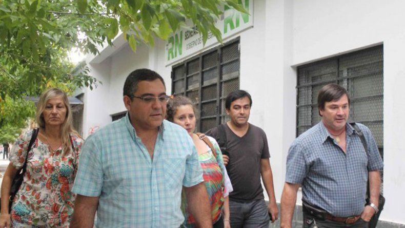 Floriani advirtió que sigue vigente el mandato del congreso para hacer una huelga de 48 horas esta semana.