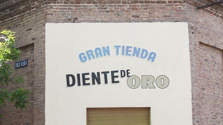 El edificio de Fernández Oro y Villegas corre peligro de derrumbe.