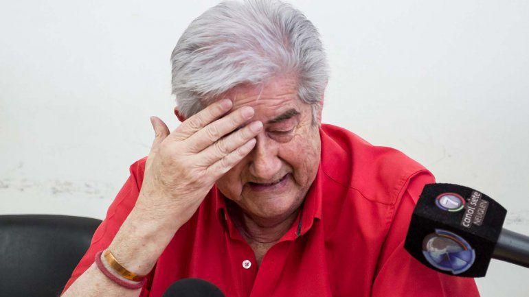 Juan Carlos Aguirre se quebró apenas terminó la lectura de la sentencia por parte de la Cámara Segunda cipoleña.
