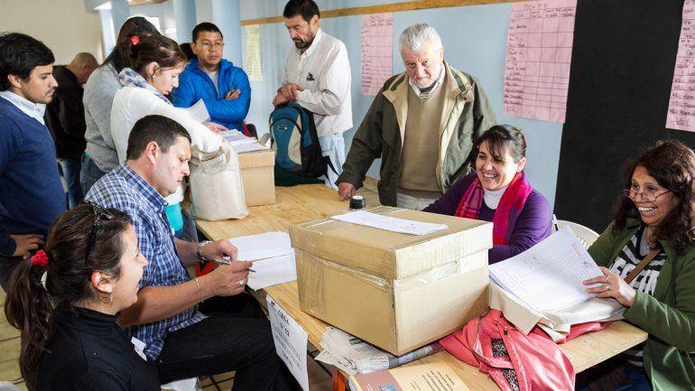 Comenzaron en toda la provincia las elecciones para Unter Central