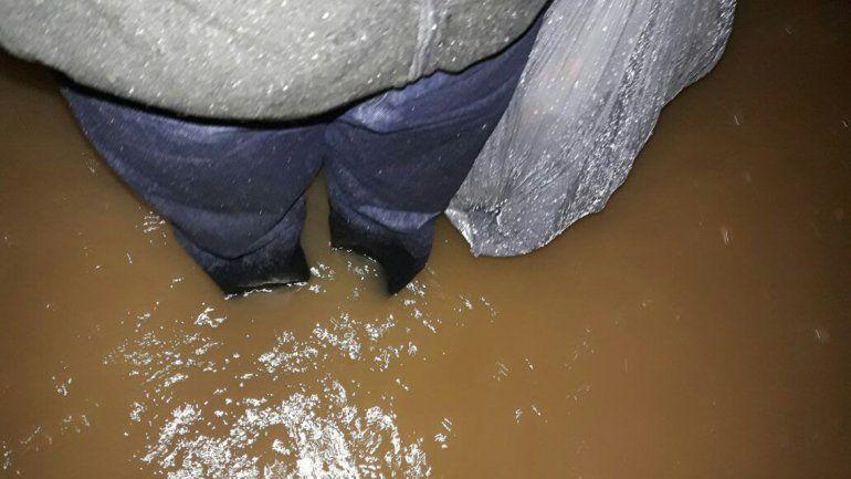 Vecinos de la zona norte piden ayuda del Municipio tras la inundación