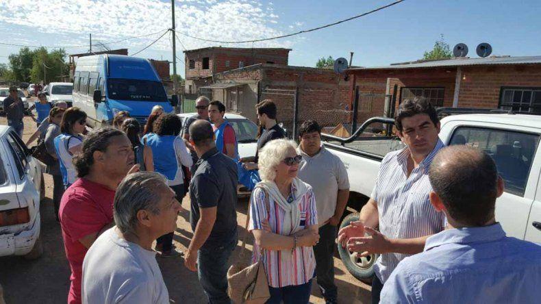 Wisky y Tortoriello recorrieron los barrios afectados por la inundación
