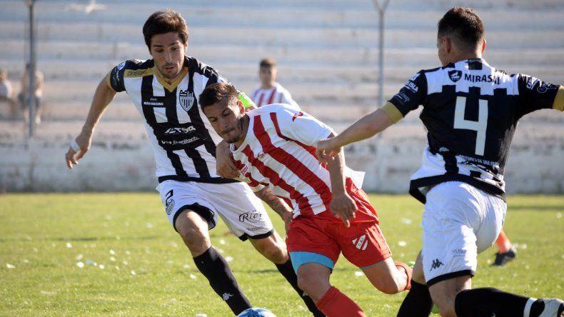 En la Visera juegan Cipolletti ante Independiente de Neuquén por una nueva fecha del Federal A.