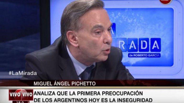 Pichetto no quiere más inmigrantes pobres en el país