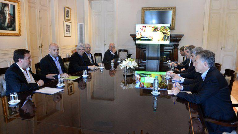 Macri recibió a Weretilneck para analizar la situación frutícola