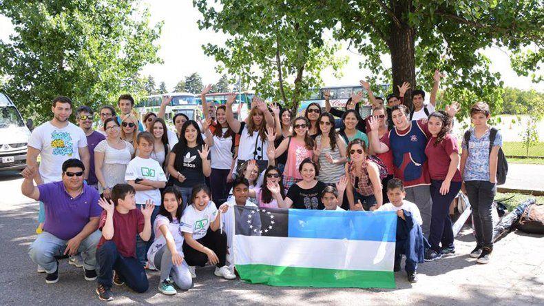 Las escuelas rionegrinas viajaron a Córdoba y esperan llegar a la Rosada.