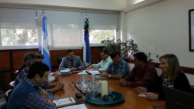 La reunión fue encabezada por el Secretario de Trabajo de Río Negro