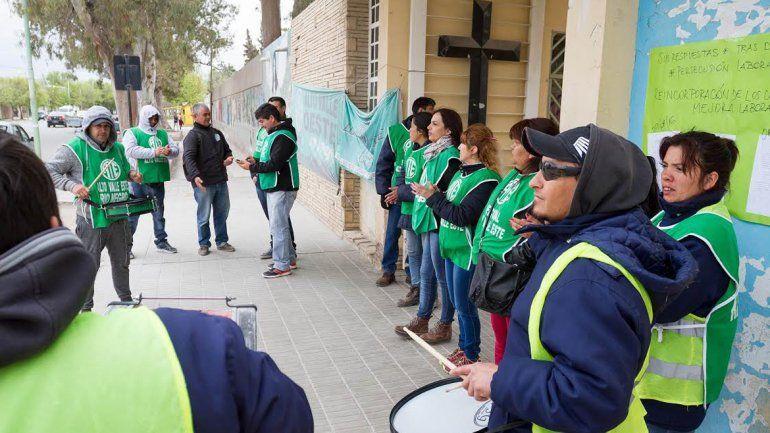 Los trabajadores del cementerio protagonizaron varias protestas.
