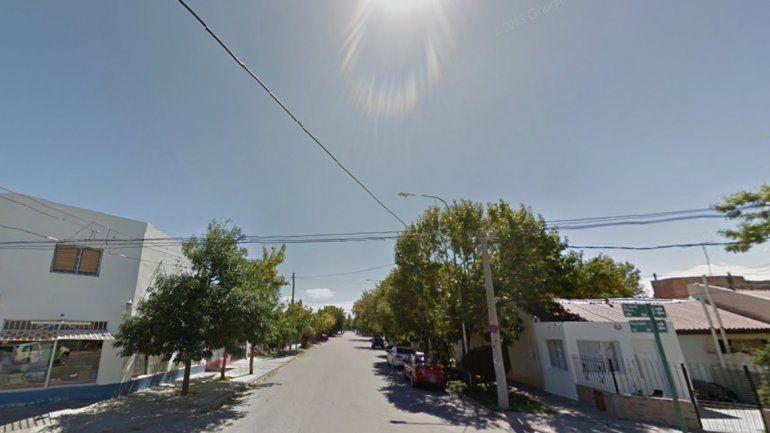 El violento robo ocurrió en una vivienda de calle Pueyrredón 438 en Fernández Oro. Además
