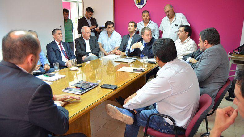 El encuentro se realizó en el edificio municipal de Cipolletti.