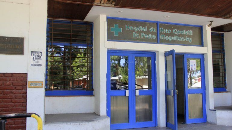 Empleados y pacientes del hospital viejo aseguran que el edificio
