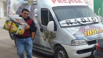 Desde hace años, Hugo Escobar viene impulsando una intensa actividad solidaria en los barrios cipoleños y también en otras localidades.