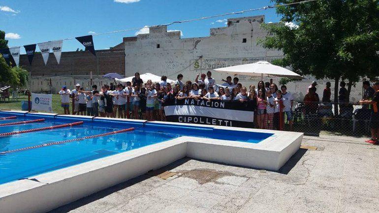 Cipo y una imagen repetida en la natación provincial: campeón anual.