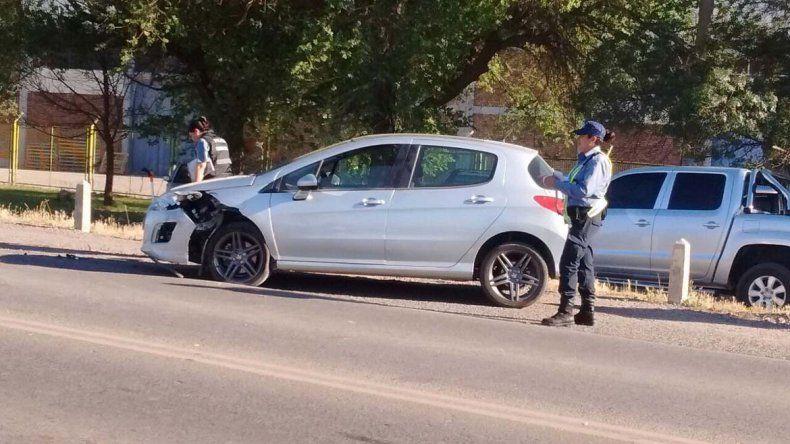 Dos heridos tras violento choque sobre la Ruta 22