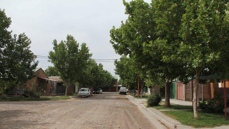 En el tranquilo barrio Mercantil fueron sorprendidas dos jóvenes.