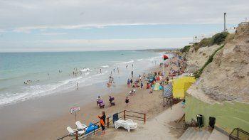 Esta semana, la playa fue copada por deportistas. Por ahora, hay pocos visitantes de vacaciones.