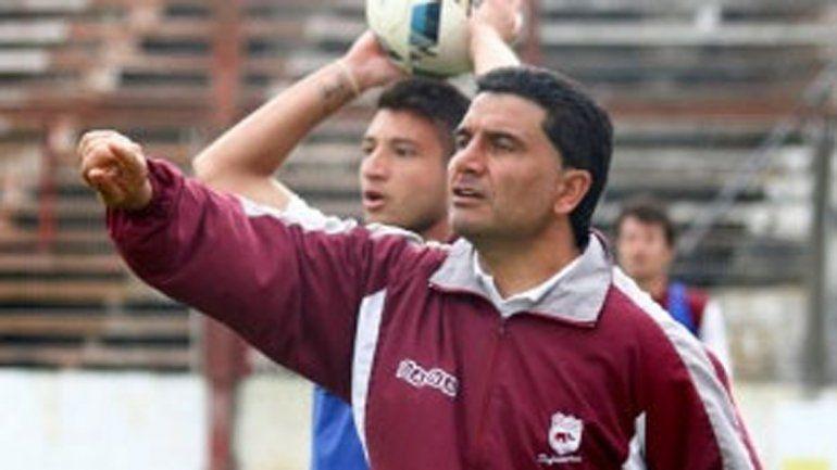 Martínez no era del agrado del hincha de Defensores de Villa Ramallo.