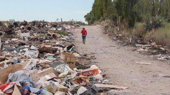La dispersión de residuos es un foco permanente de contaminación.