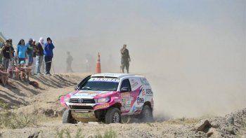 Alicia Reina y Dante Pelayo siguen firmes en su cuarto Dakar.