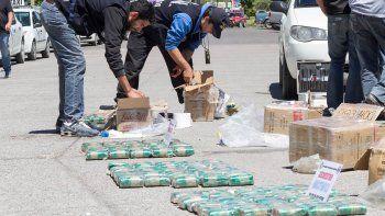 En la terminal de Cipolletti se desarrolló uno de los procedimientos más importantes del 2016, con el secuestro de 50 kilos de hojas de coca.