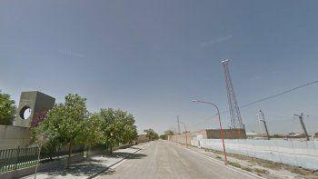 El violento asalto ocurrió en la calle Juan XXIII, atrás del club San Martín.
