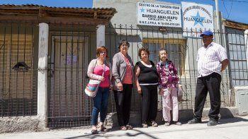 Los abuelos del Anai Mapu quieren recuperar el centro de la tercera edad.