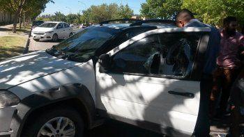 la banda de los entierros no perdona: roban a tres autos durante un cortejo funebre
