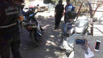 atraparon a dos peligrosos motochorros en barrio la paz