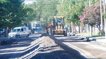 La obra en Puerto Belgrano se repetirá en casi todas las arterias del barrio, destruidas por la antigüedad del pavimento y el constante paso de colectivos.