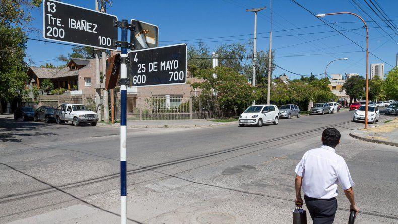El intento de asalto ocurrió en 25 de Mayo y Teniente Ibáñez. Hubo varios testigos, pero nadie intercedió.
