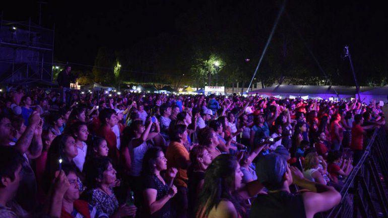 Con miles de espectadores, arrancó la Fiesta Nacional de la Pera 2018