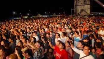 con una multitud arranco la fiesta nacional de la pera