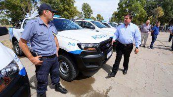 Entregan nuevos vehículos para la policía rionegrina