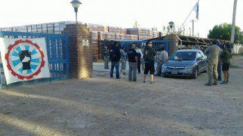 El gremio ceramista bloqueó los accesos a una planta en Allen