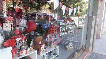 San Valentín: bajaron las ventas pero los cipoleños siguen apostando al amor