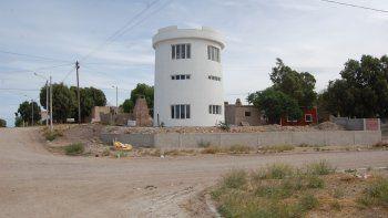 Por su forma, la vivienda ya se convirtió en una referencia geográfica para los vecinos de San Antonio Oeste.