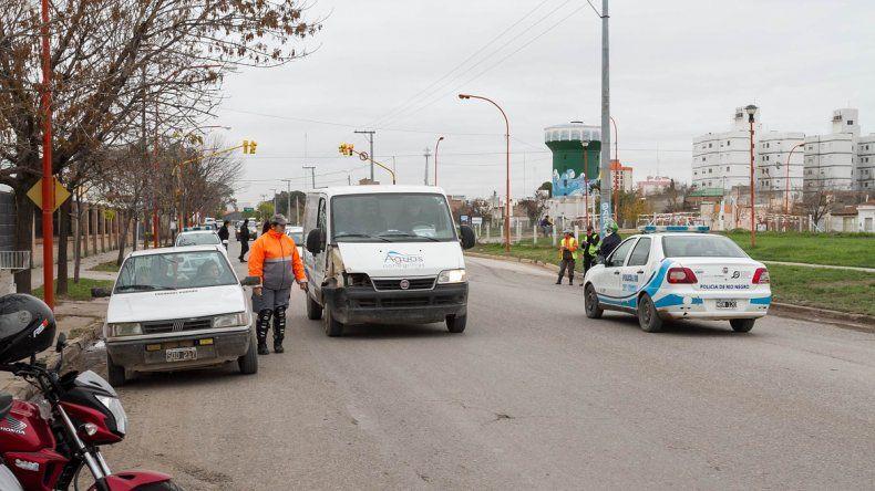 Municipio y Policía realizan controles de tránsito en toda la ciudad.
