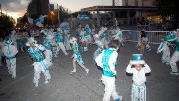 La celebración cipoleña del carnaval dio otra vez muestra del gran atractivo que alcanza el llamado anual del Rey Momo.