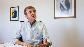 Tortoriello ofreció un aumento del 24 por ciento para los municipales