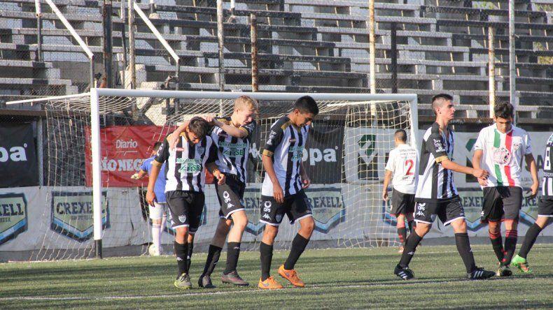 El Cipo doméstico ganó como local ante Círculo Italiano de Regina.