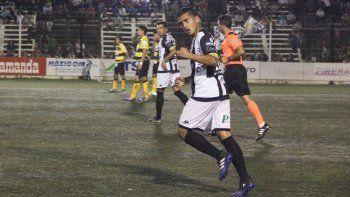 Daniel Opazo volverá a lucir la 9 de Cipo, esta vez por el Federal A.