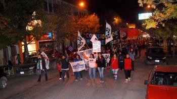 Cientos de cipoleñas pidieron justicia por el crimen de Micaela