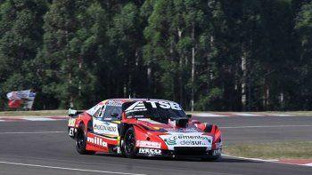 Manu Urcera pisó a fondo en el primer día de clasificación del TC en Concepción del Uruguay y quedó cuarto.