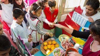 Los alumnos de la Escuela 36 prefieren los alimentos saludables.