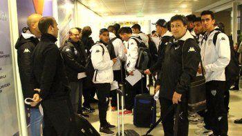 La delegación se tomó ayer uno de los primeros vuelos desde Neuquén hacia Buenos Aires.